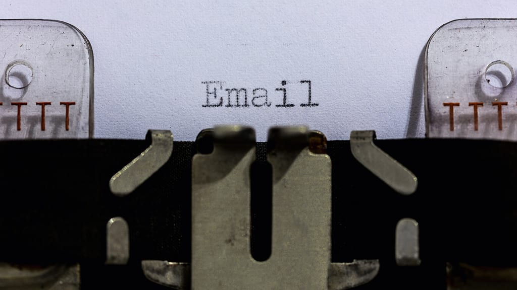 Business Email Etiquette in Harvard Business Review